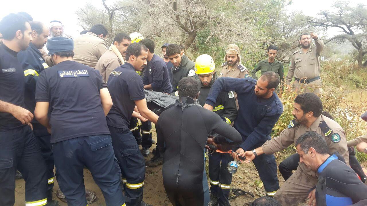 العثور على جثة غريق الجنابين العشريني بالباحة (4)