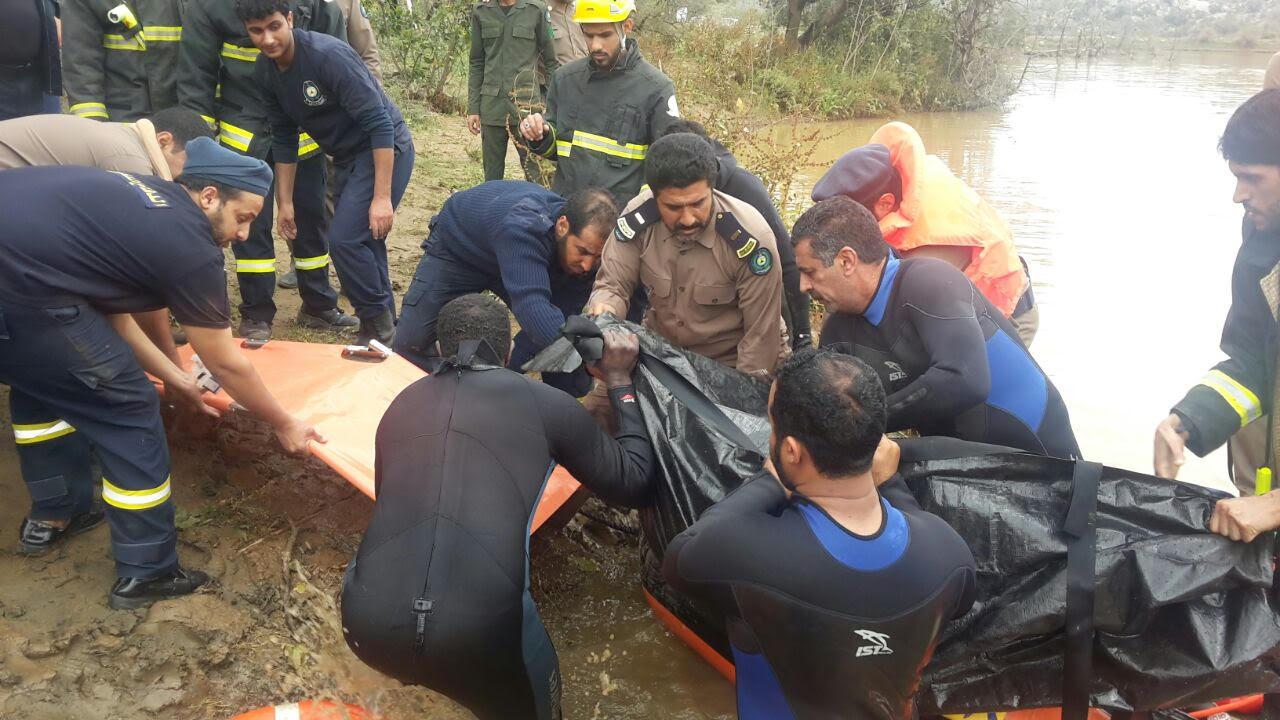 العثور على جثة غريق الجنابين العشريني بالباحة (6)