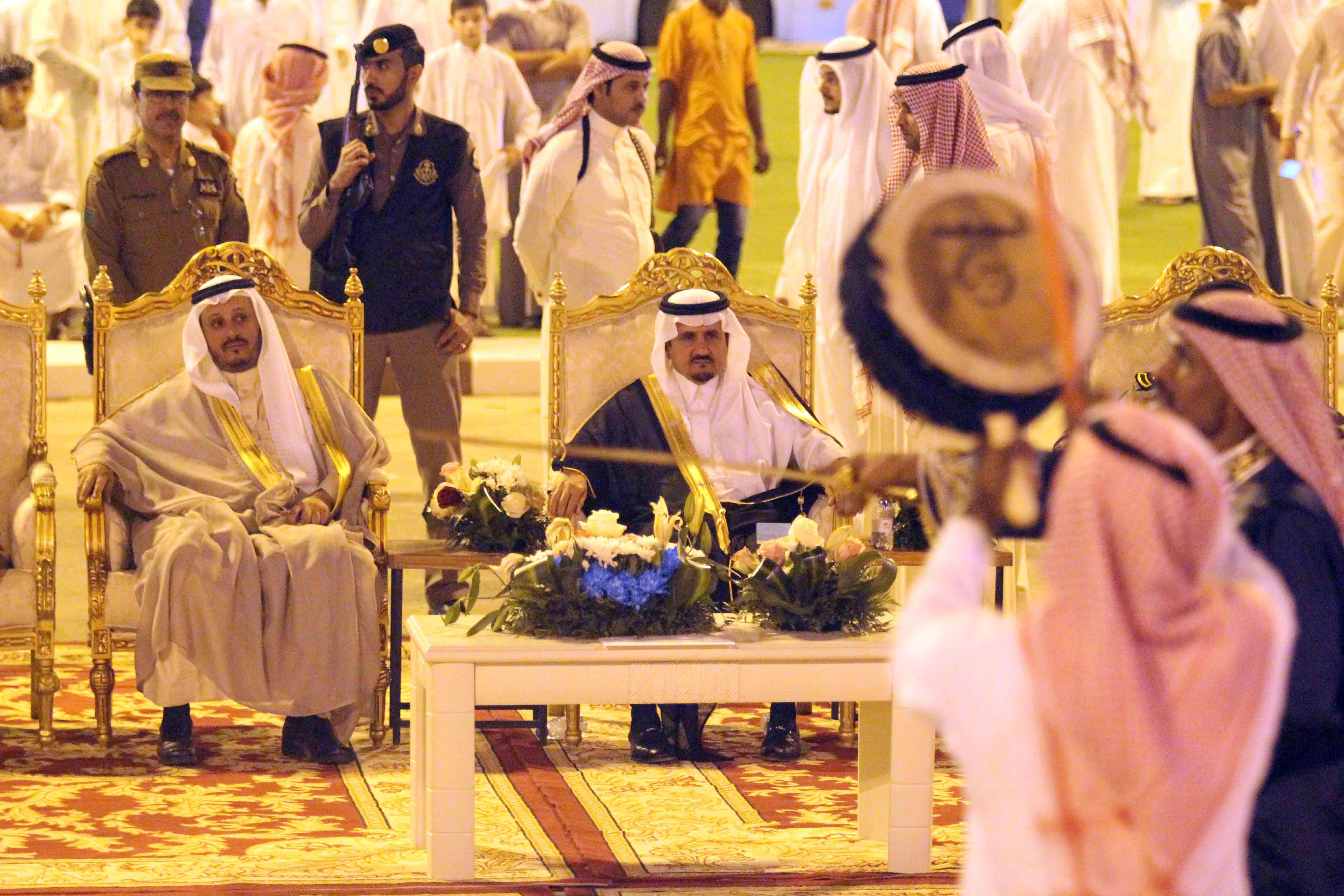 العطيشان يدشن فعاليات العيد بحفرالباطن وسط حضور غفير (18)