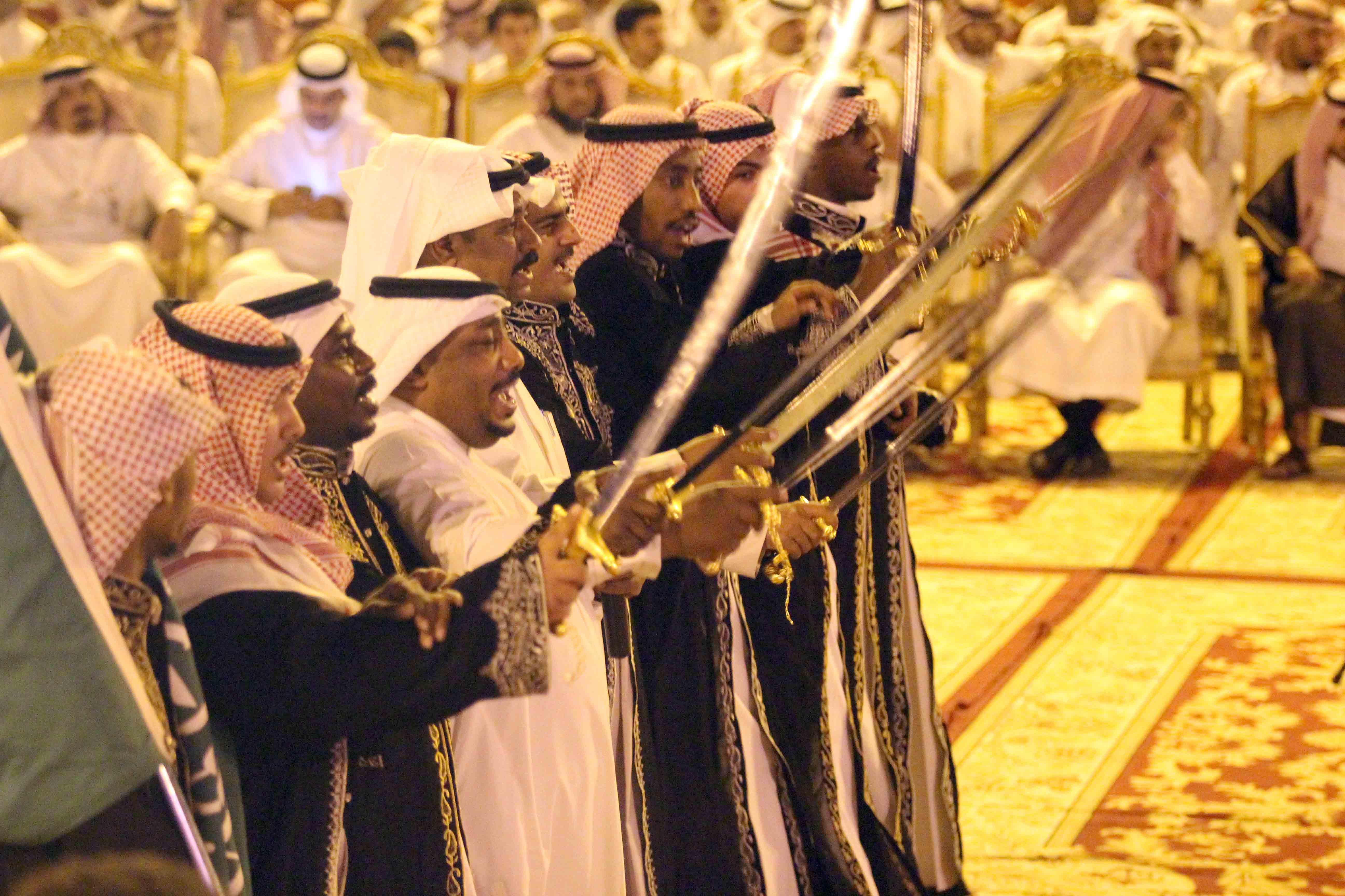 العطيشان يدشن فعاليات العيد بحفرالباطن وسط حضور غفير (19)