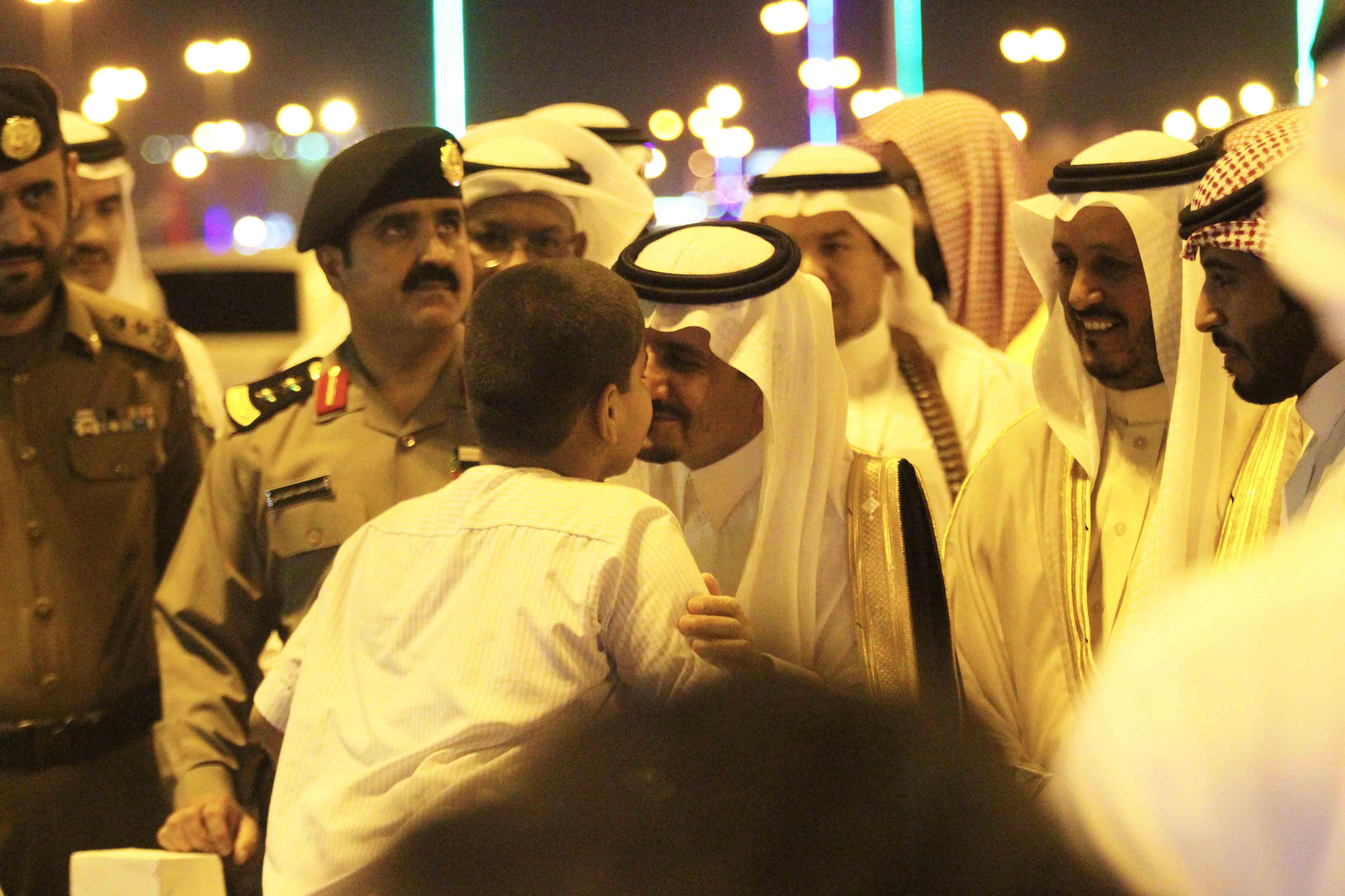 العطيشان يدشن فعاليات العيد بحفرالباطن وسط حضور غفير (3)