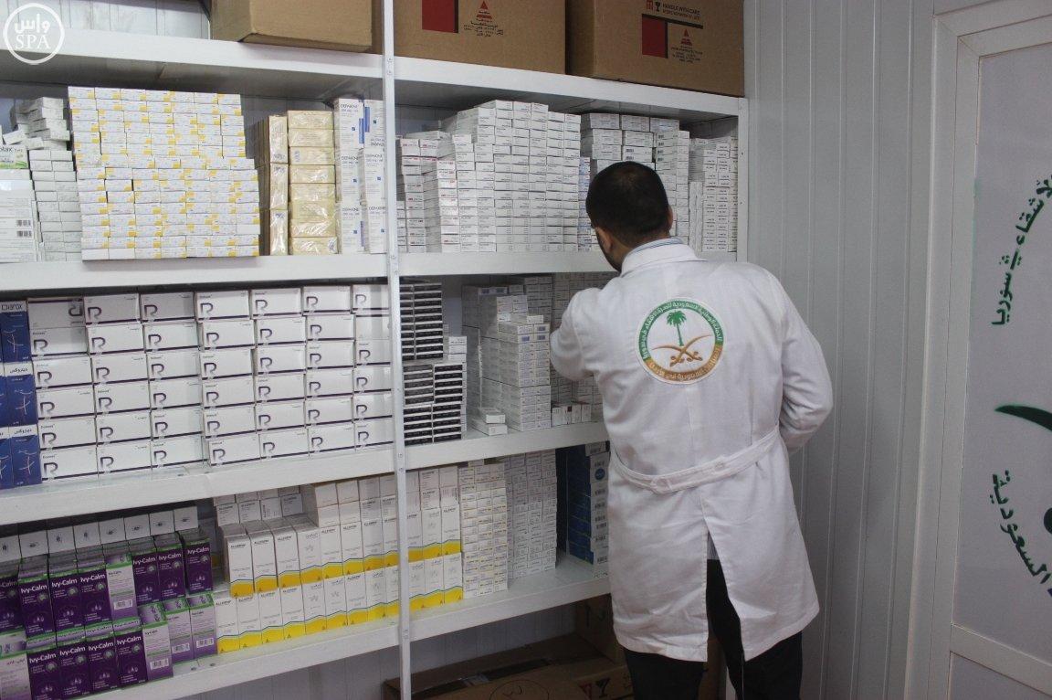 العيادات السعودية تقدم 1627 وصفة طبية للاجئين السوريين (3)