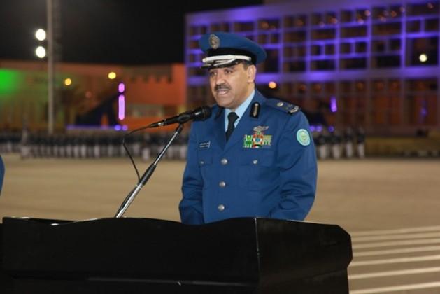الفريق الركن الشعلان يرعى حفل معهد الدراسات الفنية للقوات الجوية بالظهران (15)