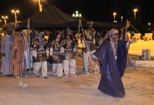 الفيصل يفتتح سوق عكاظ 1 (6)