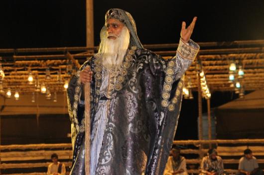 الفيصل يفتتح سوق عكاظ 1 (8)