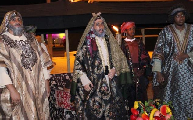 الفيصل يفتتح سوق عكاظ (2)