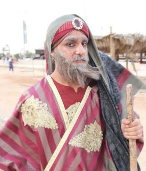 الفيصل يفتتح سوق عكاظ (6)