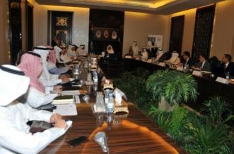 أمير مكة يناقش مقترحات تنفيذ طريق الملك فيصل الدائري - المواطن