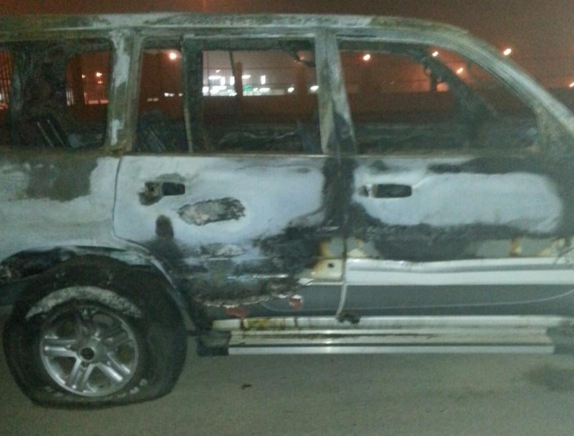 . القبض على شابين أشعلا النار بسيارة مواطن بالقصيم (1)