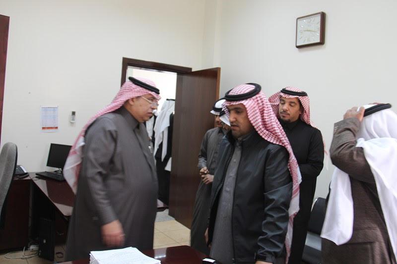 القصبي يزور ملتقى الجهات الخيرية بمنطقة الباحة (11)