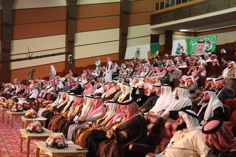 القصبي يزور ملتقى الجهات الخيرية بمنطقة الباحة (19)