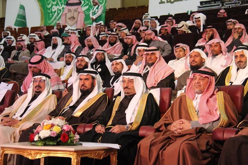 القصبي يزور ملتقى الجهات الخيرية بمنطقة الباحة (2)