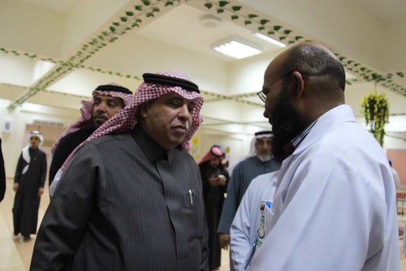 القصبي يزور ملتقى الجهات الخيرية بمنطقة الباحة (20)