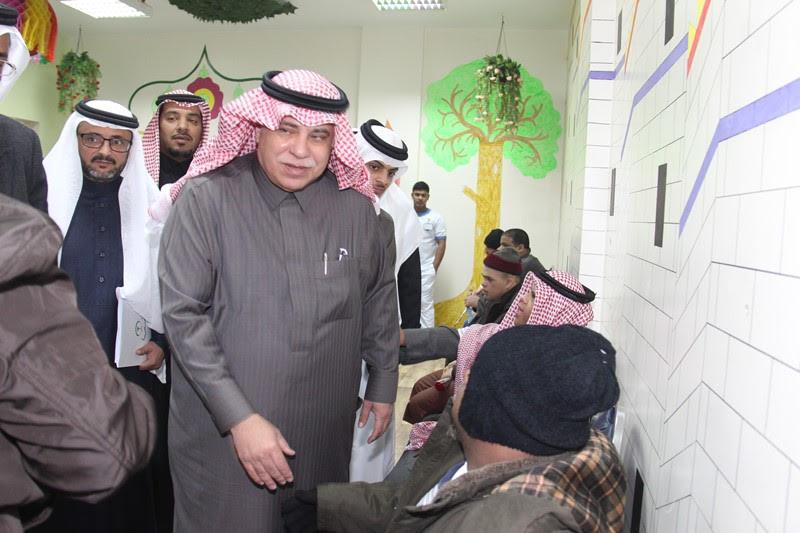 القصبي يزور ملتقى الجهات الخيرية بمنطقة الباحة (27)