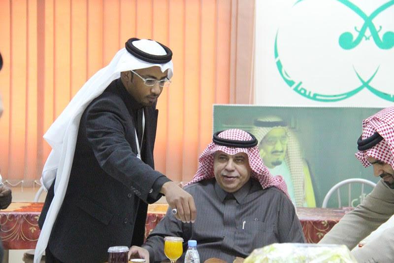 القصبي يزور ملتقى الجهات الخيرية بمنطقة الباحة (8)