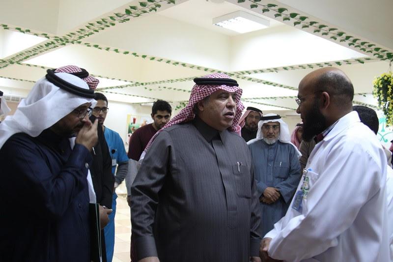 القصبي يزور ملتقى الجهات الخيرية بمنطقة الباحة (9)
