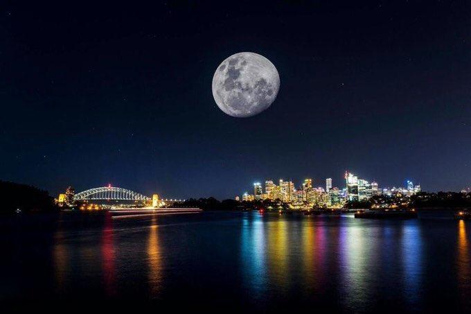 القمر العملاق 4