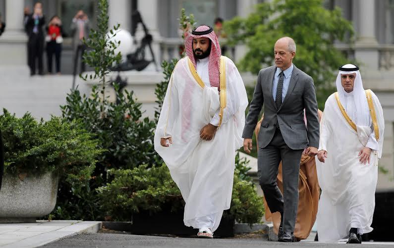 اللقطات الأولى لوصول ولي ولي العهد للقاء أوباما في البيت الأبيض (1) 