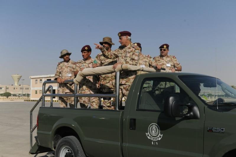 """اللواء العتيبي يتفقد جاهزية الوحدات المشاركة بالتمرين المشترك """"أمن الخليج العربي1"""" (2)"""