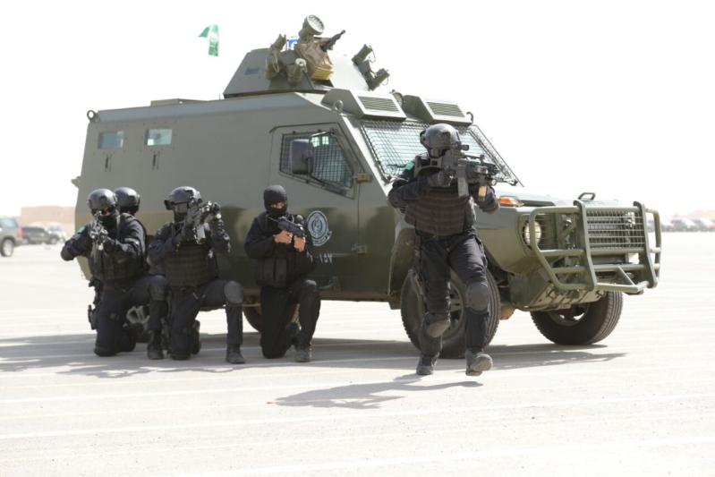 """اللواء العتيبي يتفقد جاهزية الوحدات المشاركة بالتمرين المشترك """"أمن الخليج العربي1"""" (20)"""