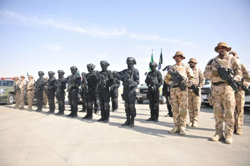 """اللواء العتيبي يتفقد جاهزية الوحدات المشاركة بالتمرين المشترك """"أمن الخليج العربي1"""" (32)"""