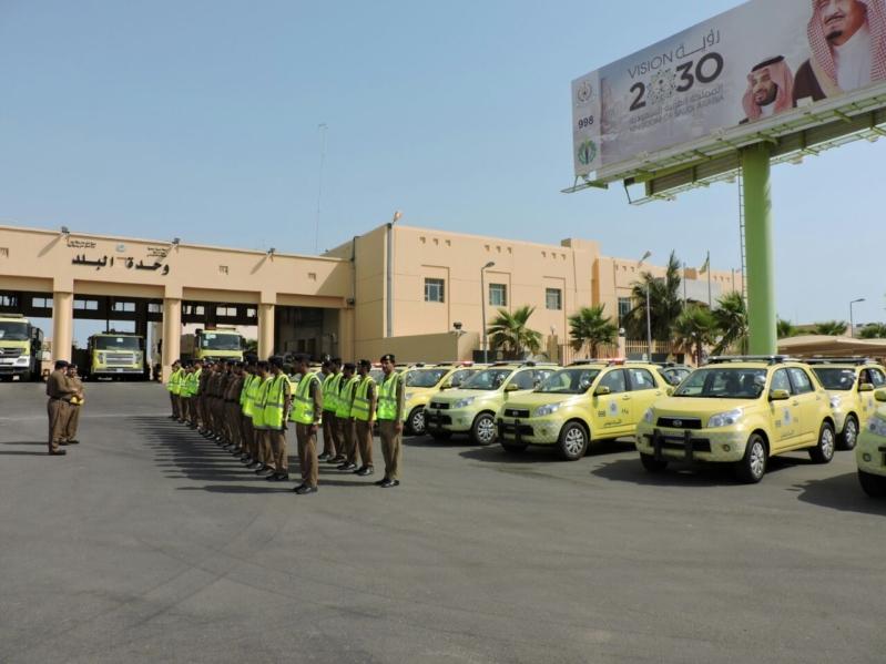 اللواء العمري يدشن الخطة الرمضانية للدفاع المدني (101297885) 
