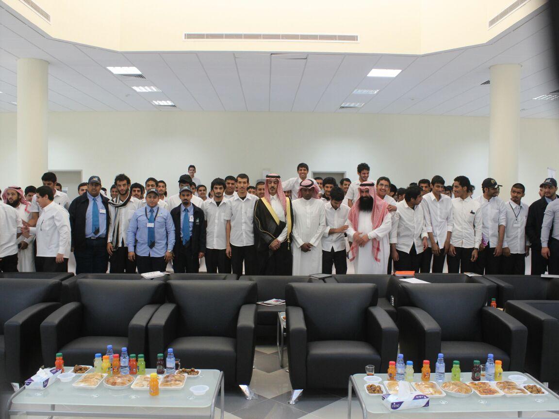 الماضي يزور فرع كلية التقنية بمحافظة السليل (1)