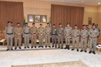 صور.. الفريق المحرج يقلد 8 من الضباط رتبة لواء - المواطن