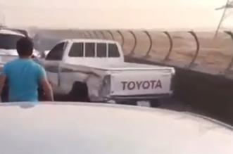 المرور يوضح تفاصيل فيديو صدم 10 مركبات بالجسر المعلق.mp411