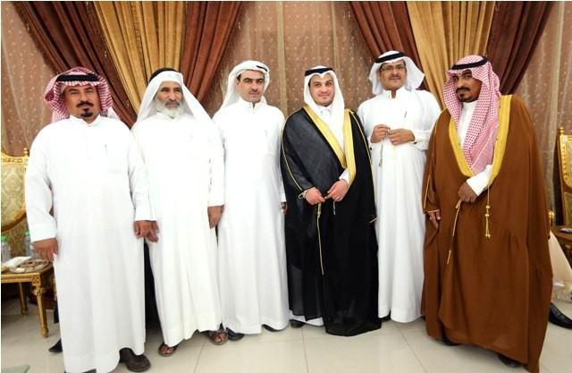 المعيبر-يحتفلون-بزواج-محمد (1)