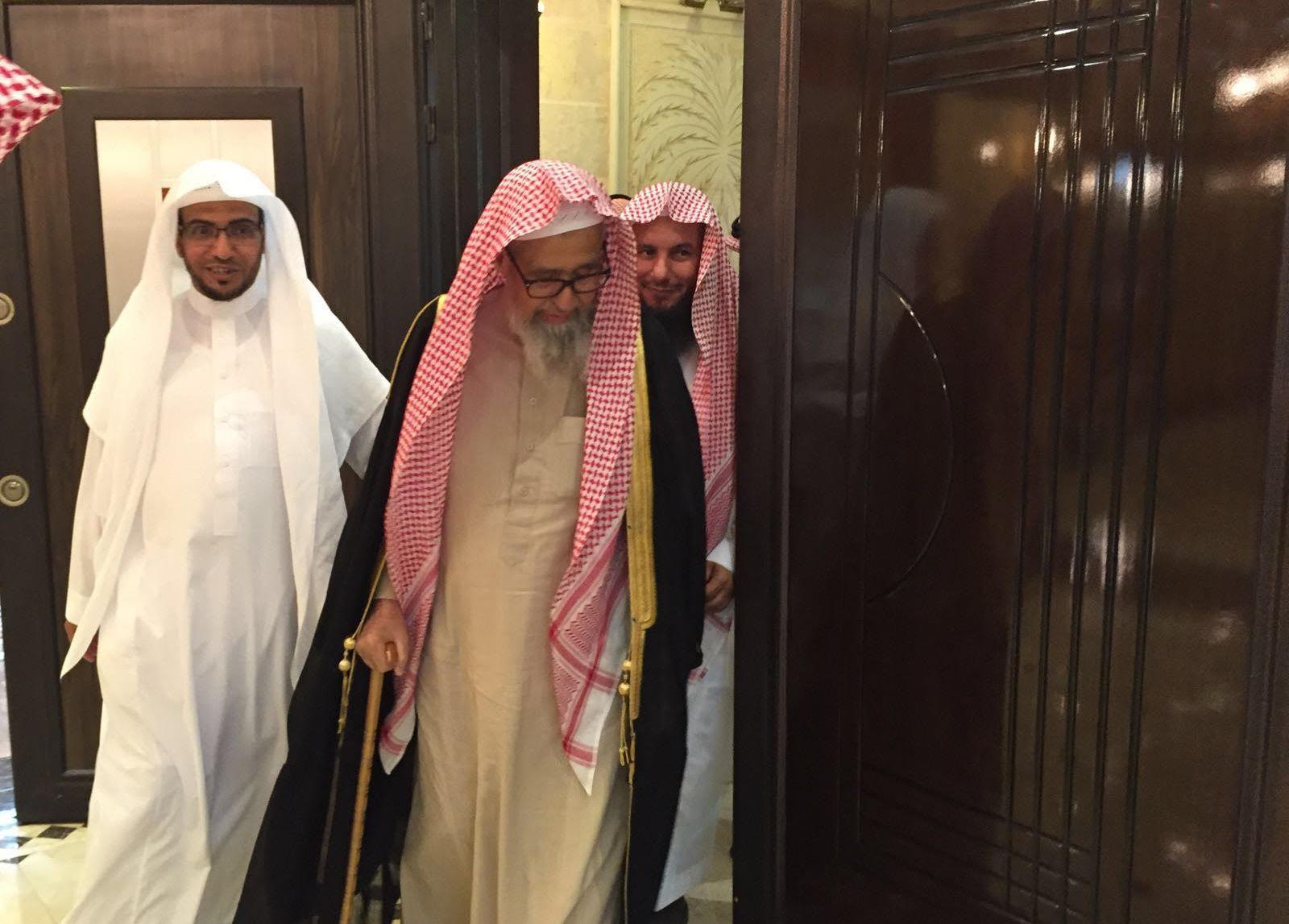 المغامسي يستقبل الشيخ صالح الفوزان (2)