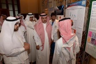 200 بحث طبي محكم بالملتقى الطلابي الأول للأبحاث بجامعة الملك خالد - المواطن