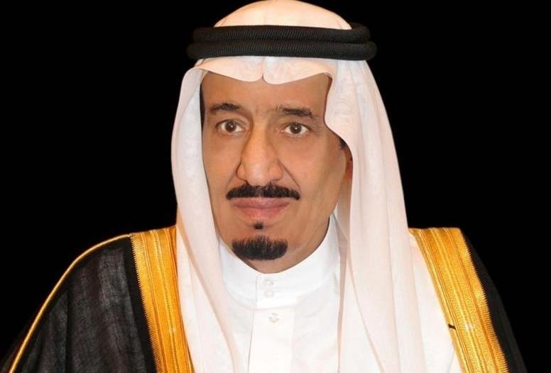 الملك مغرداً : القمة العربية الإسلامية الأمريكية ستوثق تحالفنا ضد التطرف والإرهاب