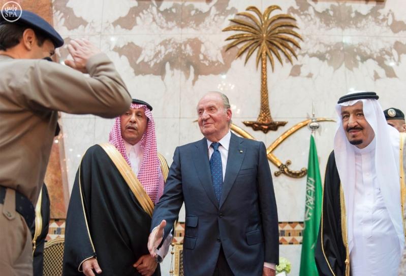 الملك سلمان مع خوان كارلوس ملك إسبانيا 7
