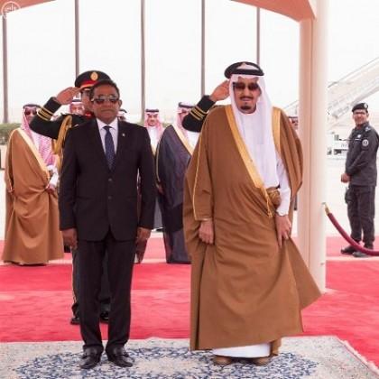 الملك-سلمان-ورئيس-المالديف