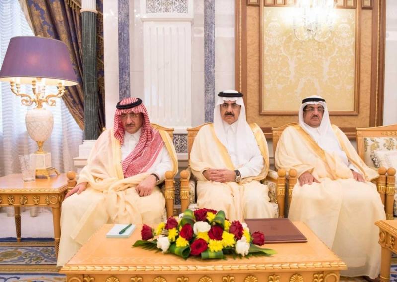 الملك سلمان يتلقى دعوة من ولي عهد أبو ظبي (2)