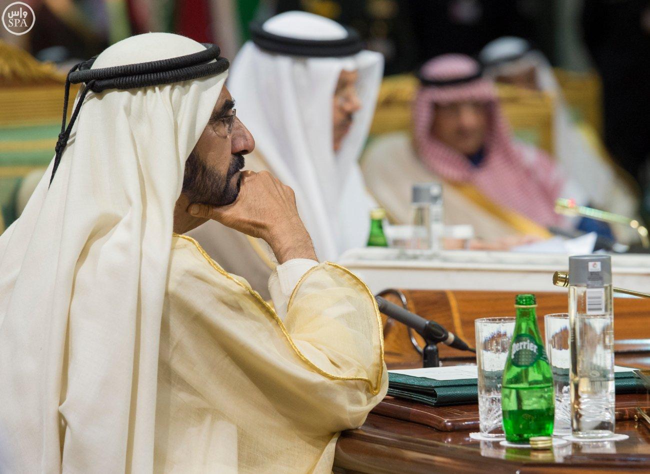 الملك-سلمان-يختتم-اعمال-القمة-الخليجية (12)