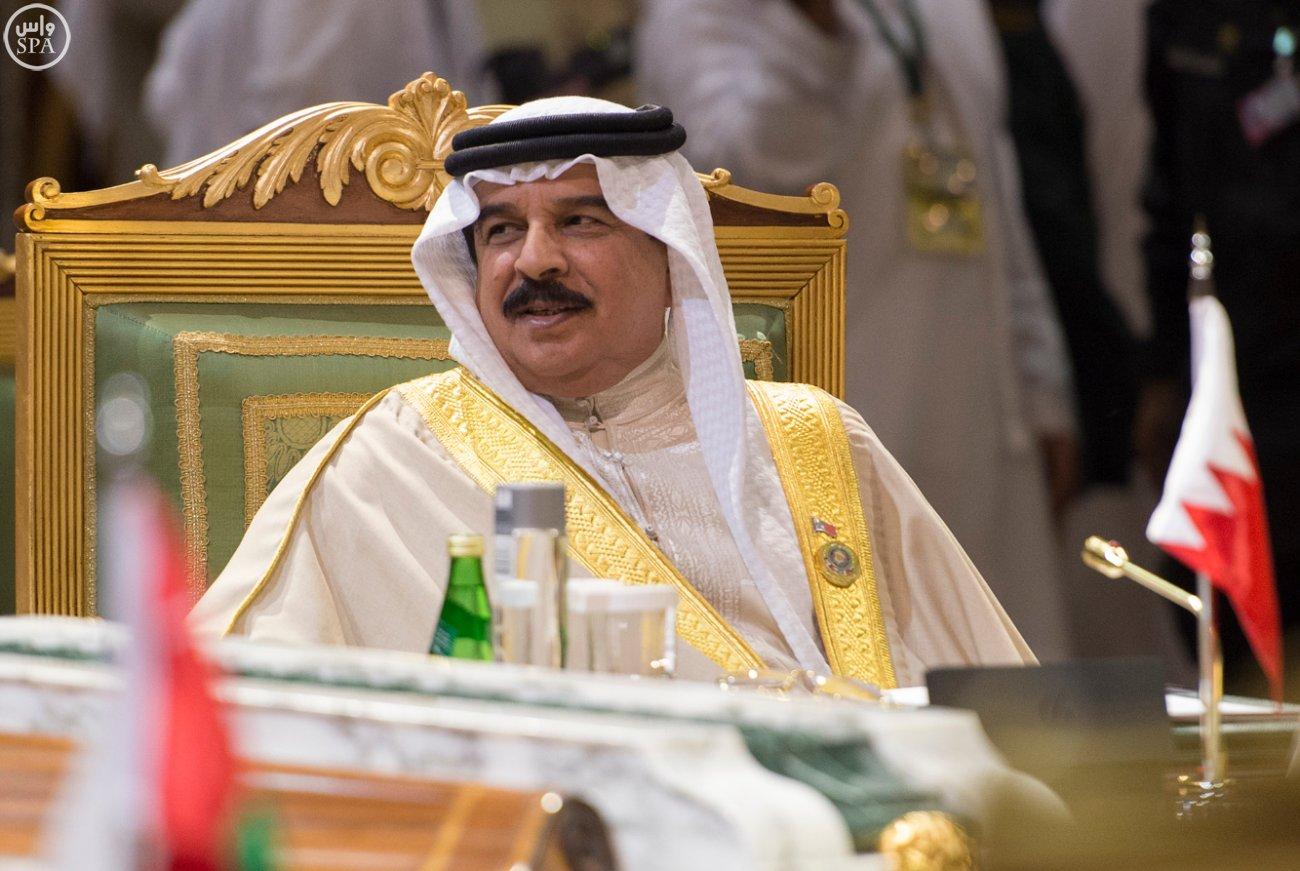 الملك-سلمان-يختتم-اعمال-القمة-الخليجية (4)