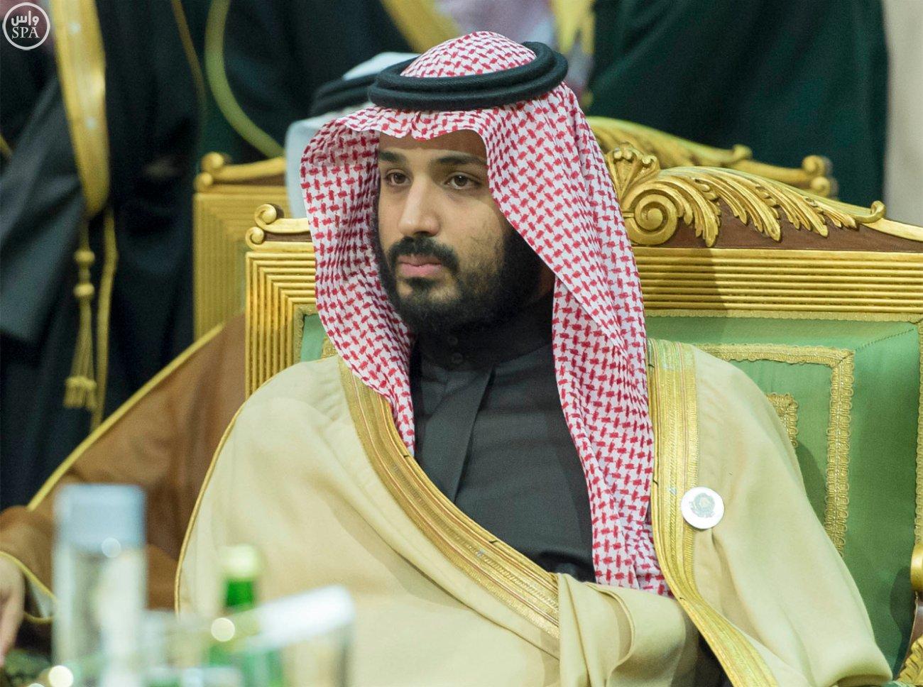 الملك-سلمان-يختتم-اعمال-القمة-الخليجية (7)