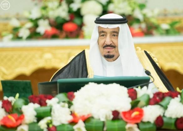 الملك-سلمان-يرأس-مجلس-الوزراء11