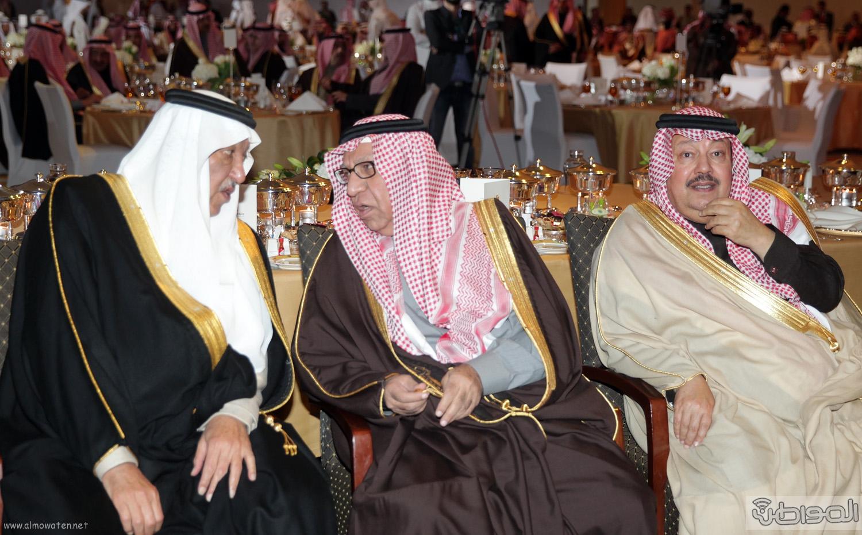 الملك-سلمان-يرعي-حفل-جئزة-الملك-خالد (33)