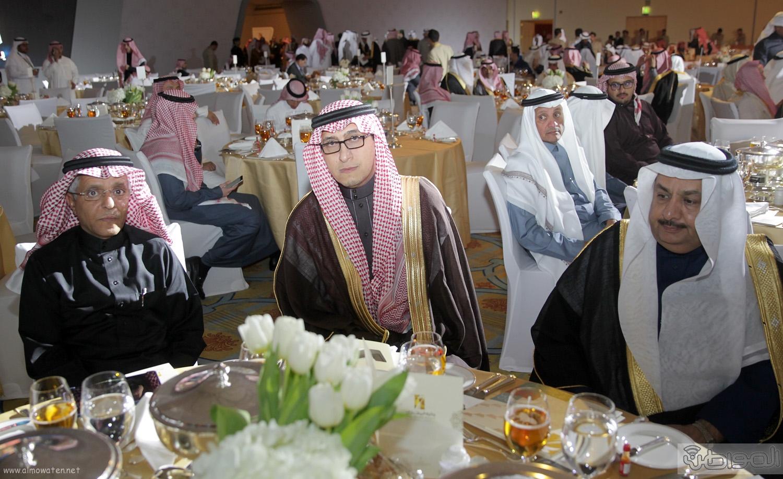 الملك-سلمان-يرعي-حفل-جئزة-الملك-خالد (46)