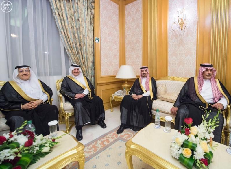 الملك سلمان يستقبل امراء المناطق 5