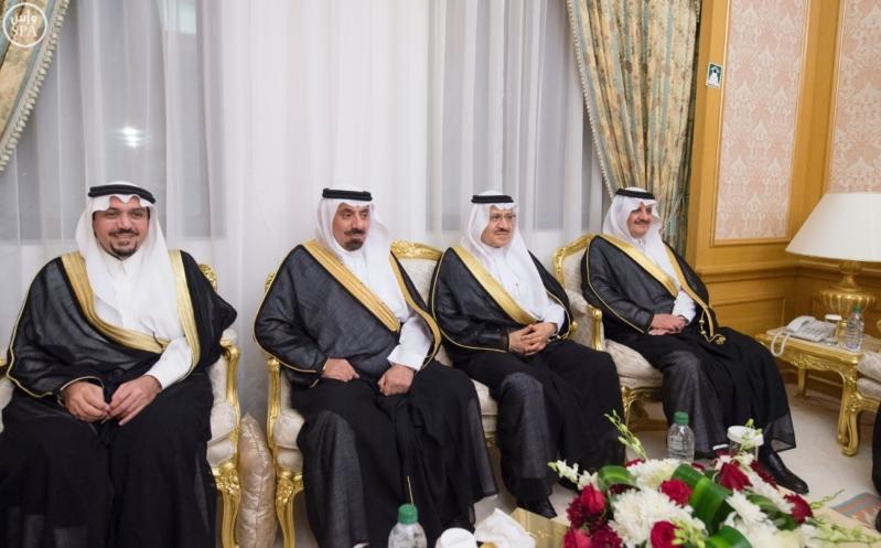الملك سلمان يستقبل امراء المناطق 6