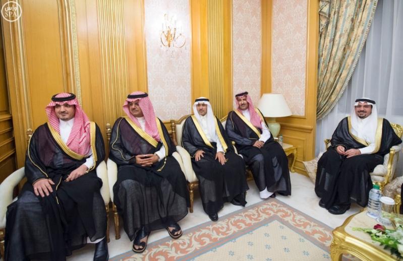 الملك سلمان يستقبل امراء المناطق 7
