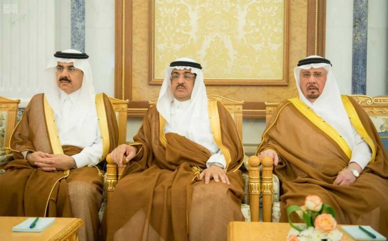 الملك سلمان يستقبل رؤساء دواوين مجلس التعاون (2)