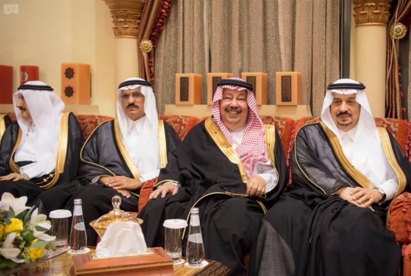 الملك سلمان يستقبل رئيس وزراء مملكة البحرين (34669061) 