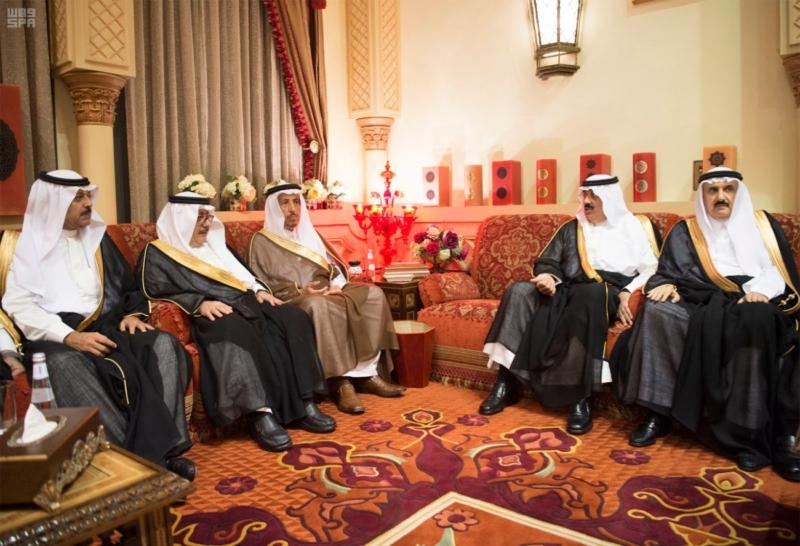 الملك سلمان يستقبل رئيس وزراء مملكة البحرين (34669062) 