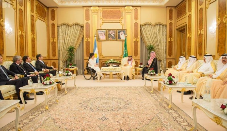 الملك سلمان يستقبل نائبة رئيس الأرجنتين2
