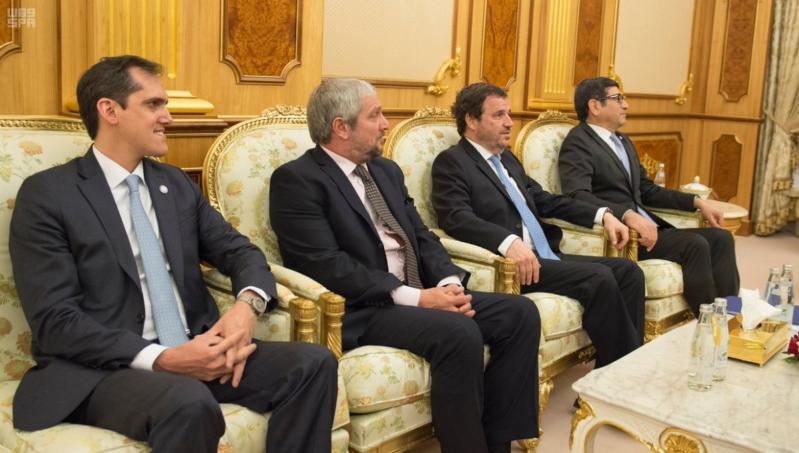 الملك سلمان يستقبل نائبة رئيس الأرجنتين3
